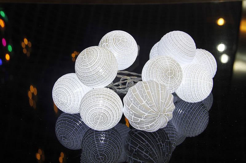 B/O LED SPIRAL BALL LIGHTS