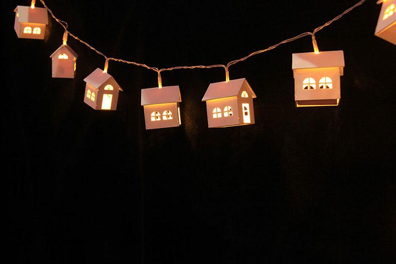 B/O 10 WARM WHITE LED METAL HOUSE LIGHTS