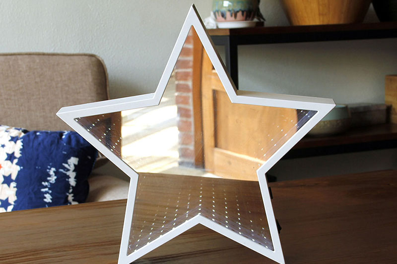 B/O LED STAR   MIRROR TUNNEL LIGHT